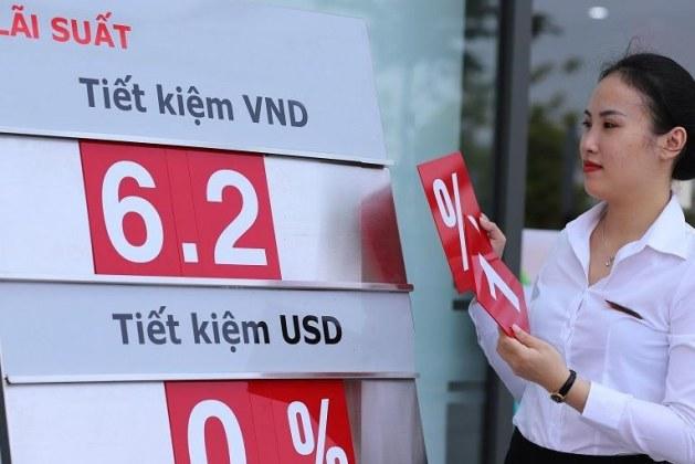 Ngân hàng giảm lãi suất tiền gửi, mức thấp nhất dưới 3%/năm